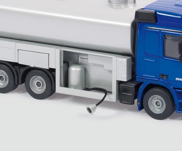 Miniatura camion cisterna de leche - Ítem1