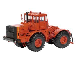 Replica tractor BELARUS 7011