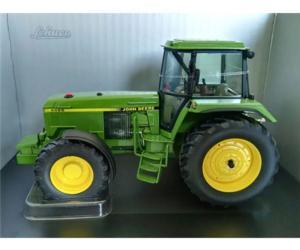 Replica tractor JOHN DEERE 4955