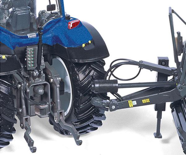 Replica tractor VALTRA T214 - Ítem1