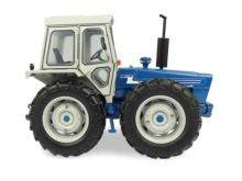 UNIVERSAL HOBBIES 1:32 Tractor FORD COUNTY 1174 - Ítem1