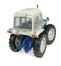 UNIVERSAL HOBBIES 1:32 Tractor FORD COUNTY 1174 - Ítem2