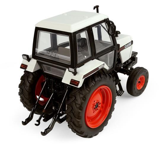 UNIVERSAL HOBBIES 1:32 Tractor CASE 1494 2WD - Ítem1
