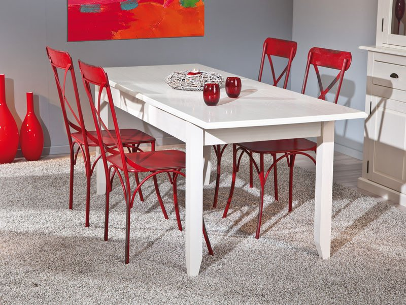 Mesa de comedor de madera extensible en blanco