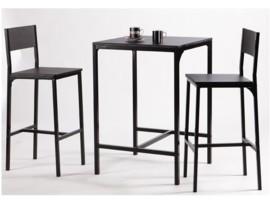 Pack de mesa alta y 2 taburetes