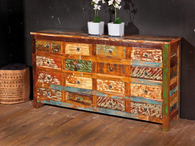 Aparador mueble industrial de madera maciza para tu sal n for Muebles salon madera maciza