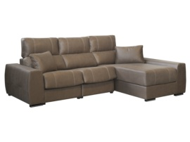 Sofa chaisselongue con asientos relax automáticos.