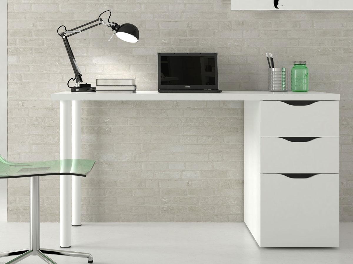 Mesa de estudio blanca con tiradores negros con caj n y puerta for Mesa de ordenador con ruedas