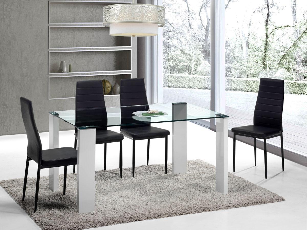 juego de comedor con mesa de cristal y cuatro sillas de