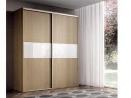 Armario puertas correderas con frente de cristal