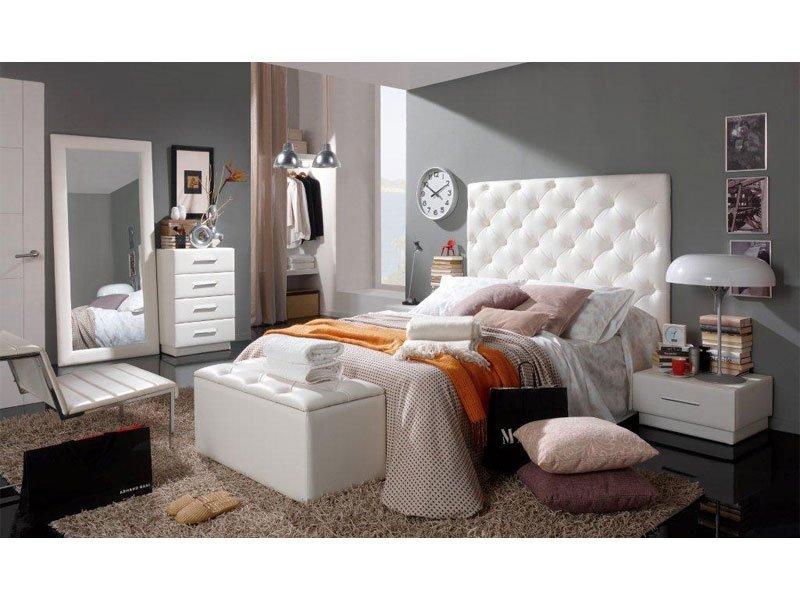 0f7c8097f993e Cabecero de cama tapizado polipiel capitoné y diseño de rombos