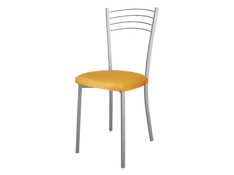 Silla de cocina con asiento tapizado y varillas en el respaldo