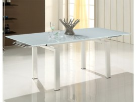 Mesa blanca de comedor extensible