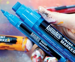 Liquitex: professional Paint Marker: punta fina (2 mm)