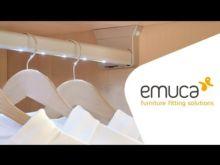Barra de armario LED a pilas Rainbow Emuca A 1.158 mm luz blanca fría con sensor de movimiento en la izquierda - Ítem5