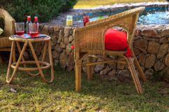 Conjunto mesa auxiliar Arie y 2 sillones Bahamas