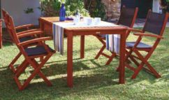 Conjunto mesa fija y 4 sillones con brazos Nature