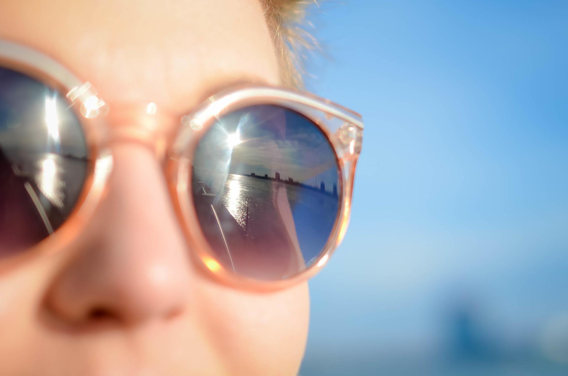 Cuando apliques tu crema solar, no puedes olvidarte de estas partes de tu cuerpo