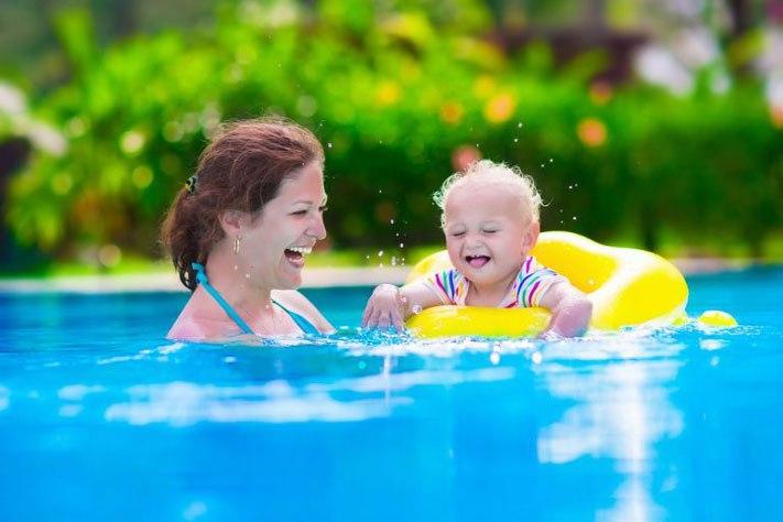 Consejos de seguridad en la natación infantil
