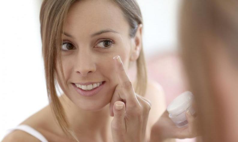 5 pasos a seguir para lucir una piel perfecta sin maquillarse