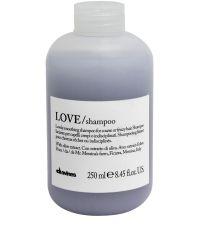DAVINES LOVE CHAMPU CABELLO INDISCIPLINADOS 250ML