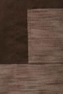 Delantal con peto marrón combinado liso