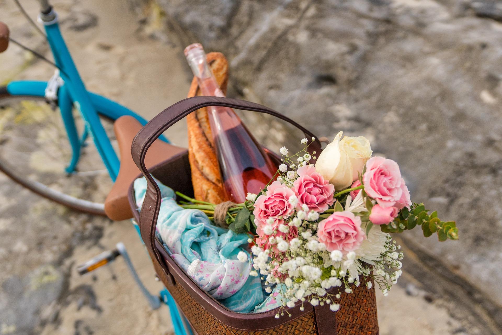 Cómo preparar un picnic romántico para sorprender a tu pareja