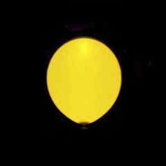 Globos de Látex Luz Led de color Amarillo. Pack 5 unidades