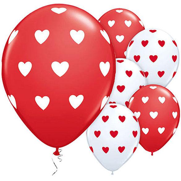 Globos blancos con corazones rojos, Pack 6 unidades