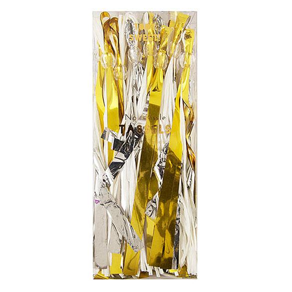 Guirnalda 12 borlas con flecos plata y oro 300 cm