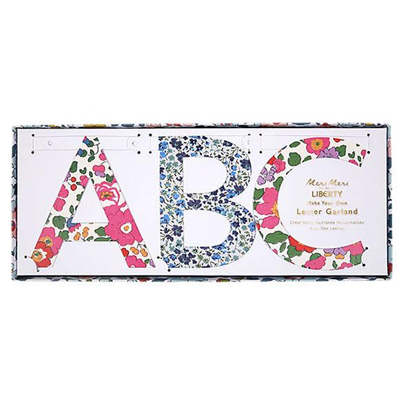 Guirnalda letras Liberty para personalizar, Pack 134 letras