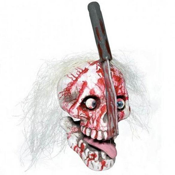 Calavera con cuchillo clavado Halloween