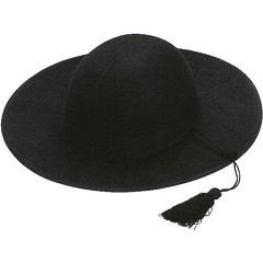 Sombrero cura de fieltro