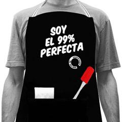 Delantal negro Soy el 99% perfecta