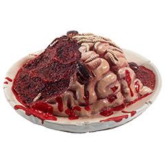 Cerebro ensangrentado descompuesto en plato