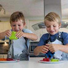 Delantal de cocina infantil modelo escudero - Ítem1