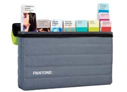 PANTONE PLUS PORTABLE GUIDE STUDIO GPG304N