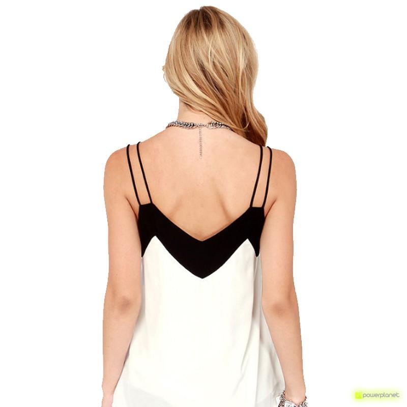 Blusa Blanca Cuello en V - Ítem3