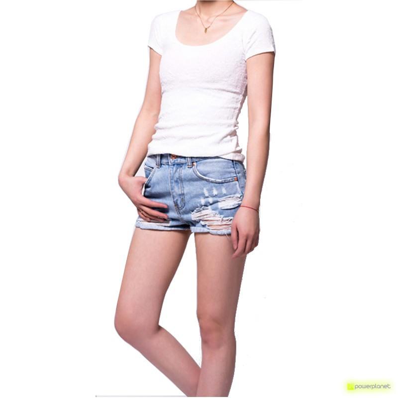 Camiseta Blanca Manga Corta Relief