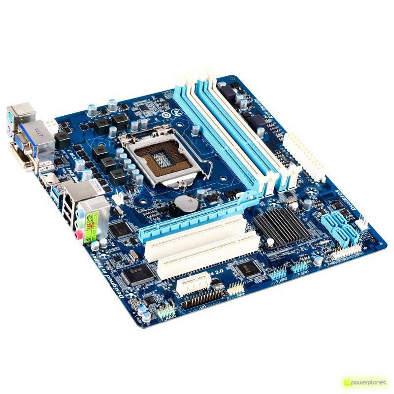 Gigabyte GA-H61M-D2H-USB3 placa base