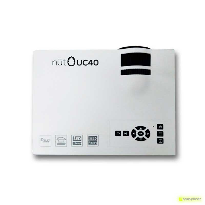 Unic UC40 Mini Projector - Item1
