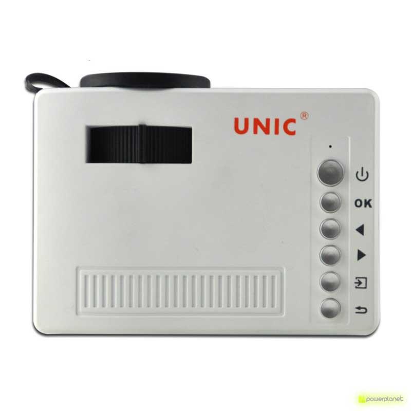 Proyector UC18 - Ítem2