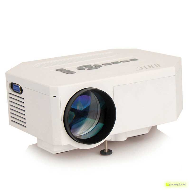 Projector UC30