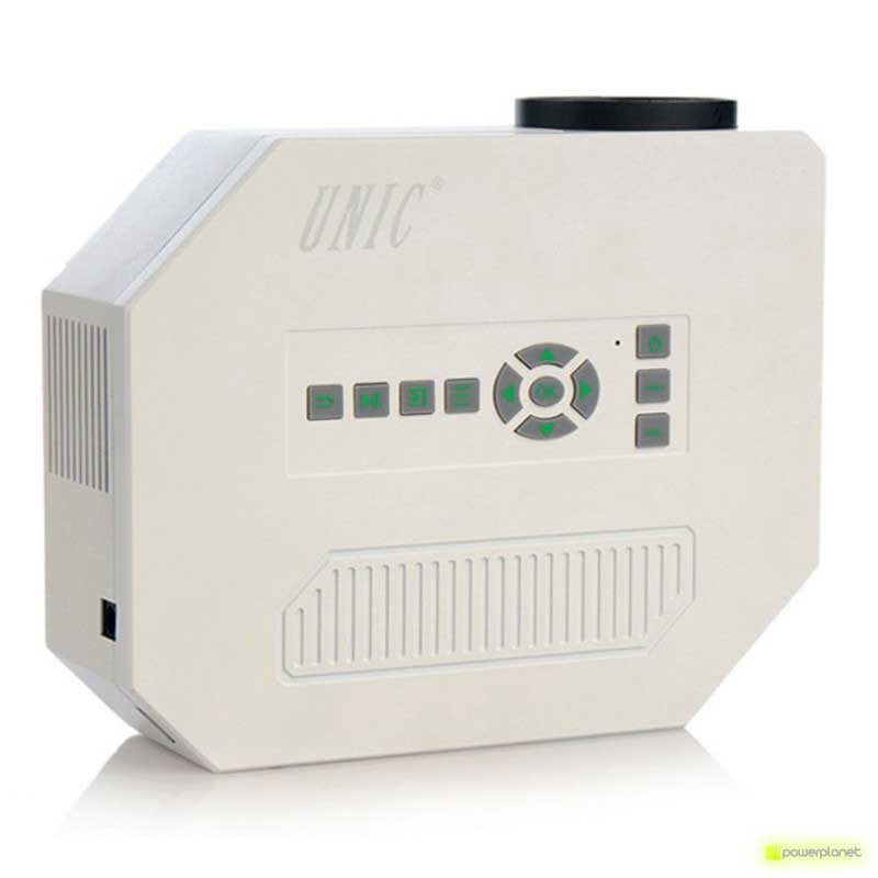 Proyector UC30 - Ítem2