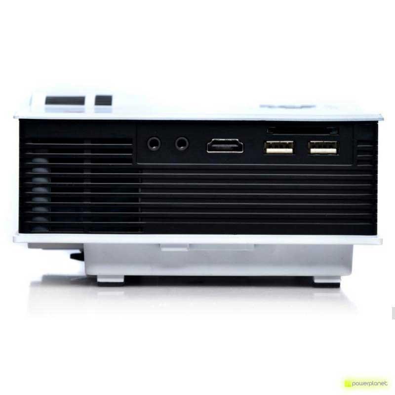 Unic UC40 Mini Projector - Item3