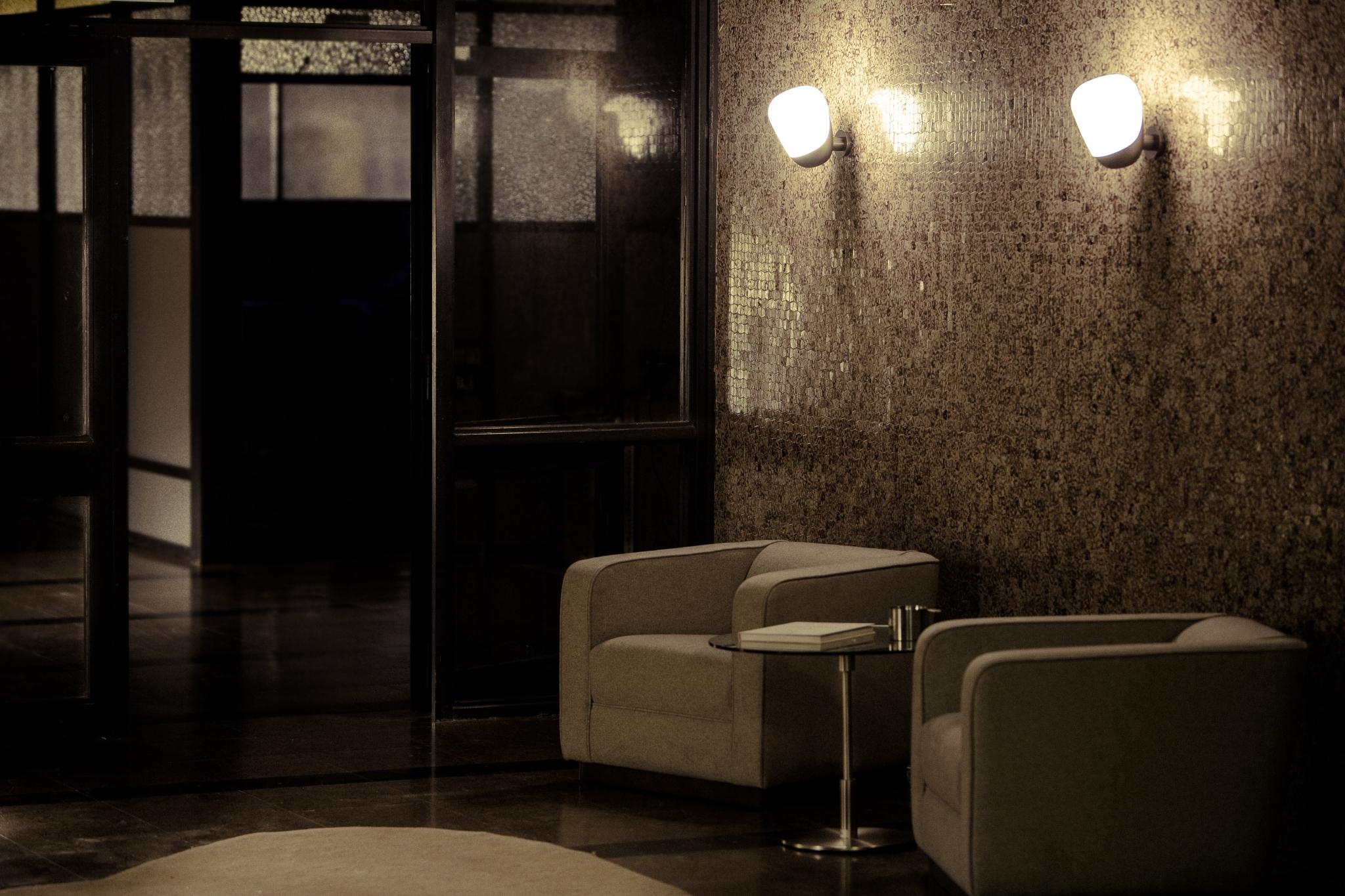 lampara Aarhus de pared diseño de Arne jacobsen