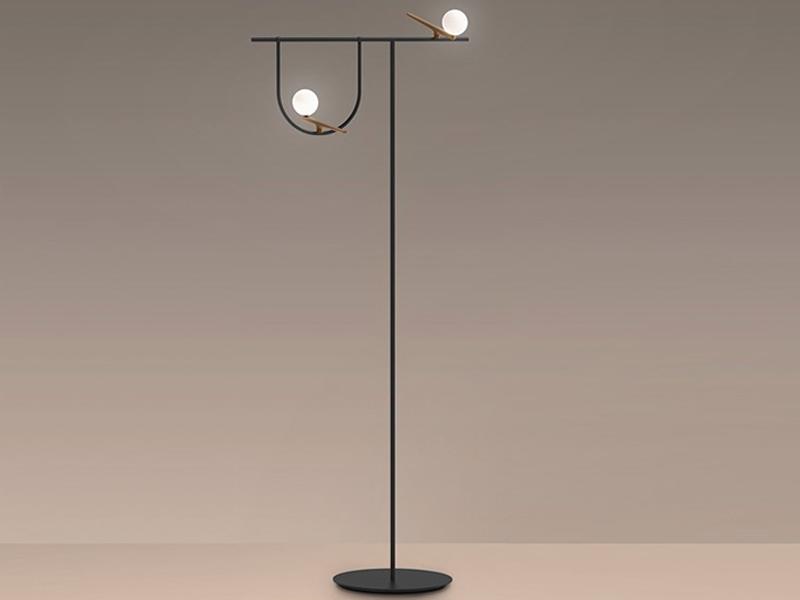 Lámpara Yanzi de pie