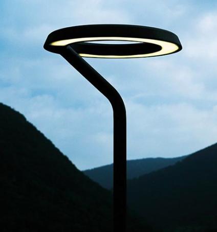 Lámpara para exterior Belvedere Round 1/2, diseño de Antonio Citterio, Flos.