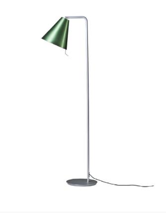 Lámpara de lectura con pantalla cónica de aluminio anodizado color verde.