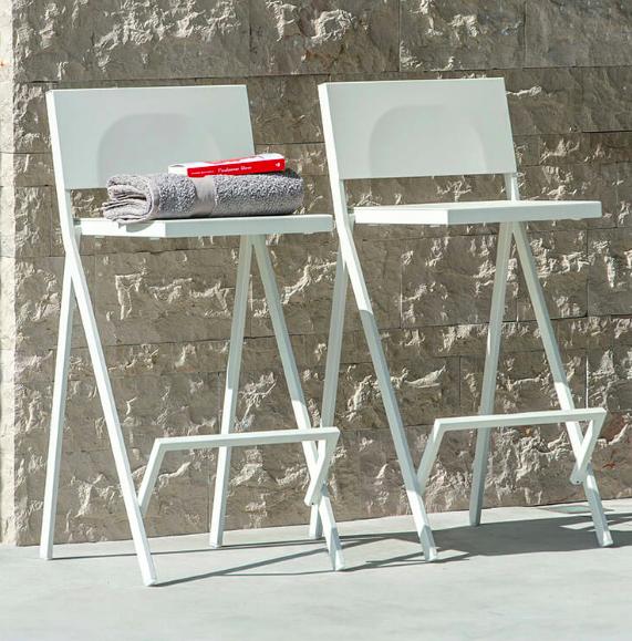 precio Taburete apto para exterior Mia diseño de Jean Nouvel